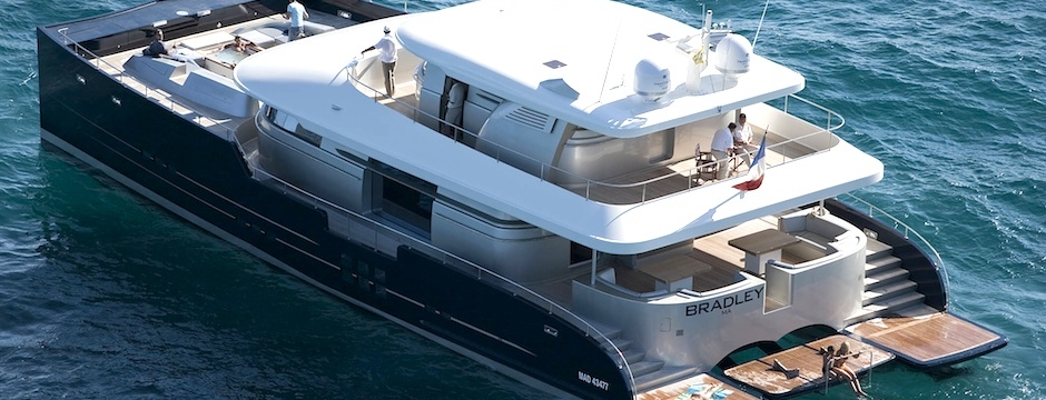 Power Catamarn H2X Bradley